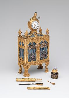 Nécessaire incorporating a watch (one of a pair)London's workshops, supported by a complex network of specialized artisans, produced luxury goods of all kinds, including silks, fans, gold boxes, watches, and jewelry. Some of the most fanciful and expensive goods were made for export to China and India, while others were made on speculation or were sold by lottery.