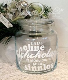 Step-by-Step Guide to - Schokoglas, Geschenk, scraphexe - DİY, Nagel Design Diy Gifts Last Minute, Diy Gifts For Mothers, Glass Engraving, Diy Shower, Blog Deco, Diy Box, Diy On A Budget, Print And Cut, Little Gifts