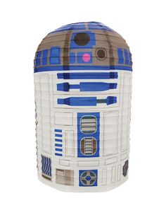 Bring R2D2, the ingenious astromech, to your bedroom to diffuse the harshest of lights. This collapsible paper shade is designed to easily fit on most ceiling light fixtures, simply hook it onto the light cable to fix it in place.Depth: 250 MMHeight: 400 MMWidth: 250 MMRecipient: For Them