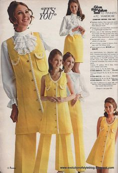 I posted a couple of groovy photos from my vintage 1971 JCPenney catalog that I found while organizing my office the other day, and have been captivated by it ever since. This stuff Seventies Fashion, 70s Fashion, Fashion History, Vintage Fashion, Fashion Outfits, Womens Fashion, Fashion Tips, Fashion Trends, Gianni Versace