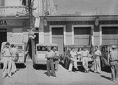 Choferes de carros públicos en Arecibo, 1940