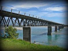 Die Brücke über der Meeresmündung! Wofür könnte diese Metapher in Ihrem persönlichen Prozess aktuell stehen?