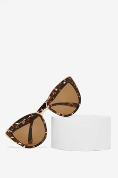 Quay My Girl Cat-Eye Shades are the ultimate babe accessory.