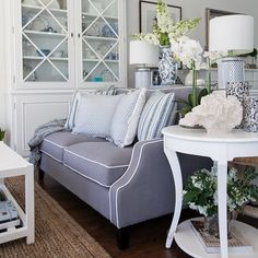Good Morning from our Sanctuary Cove store ☀️ Hamptons Style Bedrooms, Hamptons Living Room, Hamptons Style Decor, Glamour Living Room, Home Living Room, Style At Home, Fashion Room, Home Fashion, Die Hamptons