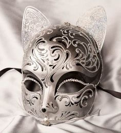 Venetian Masquerade Masks | Luxury Venetian Cat Mask with Swarovski Crystals - GATTO FU SILVER