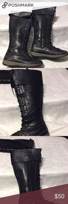 Excellent condition black leather boots. Excellent condition no signs of ware. Lace up front and side zipper, fully lined. Columbia Shoes Lace Up Boots