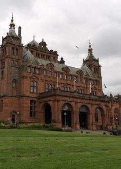 Kelvingrove Art Gallery & Museum in Glasgow, Scotland ©