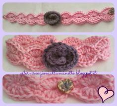 Fascia in misto lana da bambina a uncinetto con rosellina e chiusura a bottone