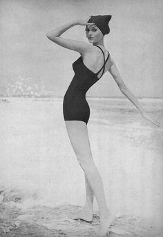 May Vogue 1957 2019 Sometimes you just want a timelessly classic dark hued one., Beach Outfits, May Vogue 1957 2019 Sometimes you just want a timelessly classic dark hued one piece suit. The pos. Vintage Fashion 1950s, Vintage Mode, Retro Fashion, Trendy Fashion, Korean Fashion, Vintage Style, Fashion Trends, Photo Vintage, Vintage Photos