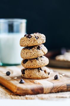 Almond Meal Chocolate Chip Cookies- almond meal gives these cookies perfect crisp edges and a chewy center. You'd never guess they were vegan and gluten-free! I like to consider myself a disciplined grocery shopper. Every Friday evening I go in with my shopping list, that's strategically organized by sections of the store, and run through …