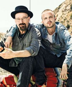 Bryan Cranston and Aaron Paul got Breaking Bad tattoos to commemorate the roles that transformed their careers. The final season of Breaking Bad will premiere this August Best Series, Best Tv Shows, Best Shows Ever, Favorite Tv Shows, Favorite Things, Serie Breaking Bad, Fernanda Young, Mundo Hippie, Anne With An E