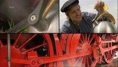 De Engelse uitvinding van de stoommachine heeft overal grote invloed gehad. Ook in Nederland. Zet je onder een stoommachine een paar wielen, dan heb je een trein. En opeens kun je in een uur een afstand afleggen waar je normaal gesproken in die tijd een dag over deed. Bart laat het eerste ' sissende en stomende monster' zien dat in Nederland reed tussen Amsterdam en Haarlem. De beroemde locomotief 'De Arend'. Hij maakt een historische rit met de Veluwse Stoomtrein Maatschappij en komt er…