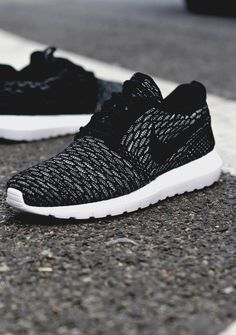 Super Cheap! Sports Nike shoes outlet, #Nike #shoes #Roshe only $21!! Press picture link get it immediately! not long time for cheapest