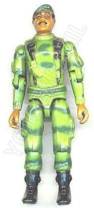 Descrição:   O Cabeça de Ponte (Triton) foi lançado no Brasil em 1984 (Série 1) pela companhia de Brinquedos Estrela (Código 15.00.06), a figura corresponde ao modelo straight arm (sem movimento nos cotovelos). Trata-se da versão nacional do Ranger [Stalker] fabricado em 1982 pela Hasbro pela série G.I. JOE.