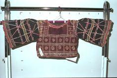 Women's shirt / National Museum of Ethnology