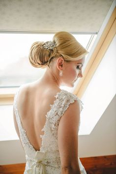 Fotografii de nunta sibu Lace Wedding, Wedding Dresses, Weddings, Fashion, Bride Dresses, Moda, Bridal Gowns, Fashion Styles, Weeding Dresses