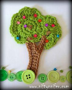 Stunning Tree Motif ~ free pattern & tutorial #crochet #applique