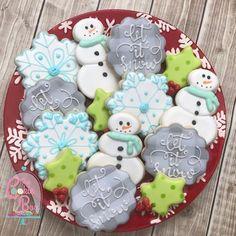 Let it snow! #lubbockcustomcookies #lubbockbaker #customsugarcookies #letitsnow