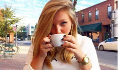 How To Become A Morning Person With 7 Weird Tips & Tricks