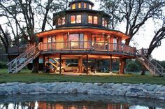 Homestead Survival posting of tree house virtual tours Silo House, My House, Casas Cordwood, Eco Construction, Yurt Home, Octagon House, Treehouse Hotel, Round House, Homestead Survival