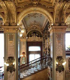 .Nueva York cafe Budapest oro interior barroco