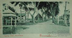 Ingang Fort Nieuw Amsterdam. Als prentbriefkaart uitgebracht.  Datum: Locatie: Commewijne, Suriname Vervaardiger: Inv. Nr.: 55-16 Fotoarchief Stichting Surinaams Museum