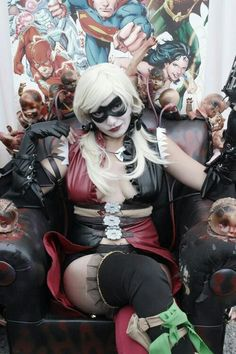 Harley Quinn cosplay...yet ANOTHER variant. I swear Harley has more costumes than the whole cast of Cleopatra.