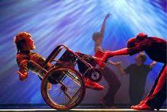 As oficinas são de DanceAbility, método de improvisação de movimentos que promove expressão artística e interação entre pessoas com e sem deficiência. As inscrições devem ser feitas entre 27 de fevereiro e 14 de março.