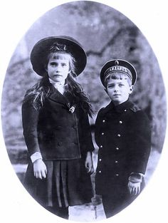 Anastasia and Alexei in Germany, 1910