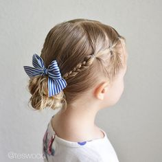 Side elastics braided and pulled into a messy bun Love this simple style for those hot summer days coming up! Tutorial coming… Little Girl Hairdos, Girls Hairdos, Girls Updo, Baby Girl Hairstyles, Princess Hairstyles, Trendy Hairstyles, Braided Hairstyles, Hairstyles For Toddlers, Teenage Hairstyles