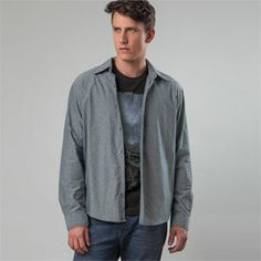 Camisa manga longa masculina slim.