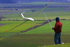 http://www.radiocarbonart.com/ by Scott Kemp Pro Pilot Paul Naton with 1/3 scale Discus CS in big wind, Peterson Butte, OR