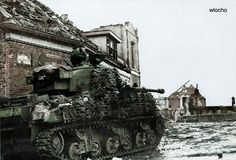 A Sherman Firefly tank from a Polish Armoured Division in the town of Moerdijk, the Netherlands, November Military Art, Military History, Ww2 History, Sherman Firefly, Ww2 Pictures, Sherman Tank, Ww2 Tanks, Army & Navy, Panzer