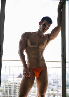 I am happy you have joined me to celebrate speedos; here you will see a ton of beautiful men in beautiful speedos, showing off both their bubble jock butts and amazing bulges. Male Form, Beautiful Men, Sexy Men, Hot Guys, Underwear, Mens Fashion, Celebrities, Fit Bodies, Speedos