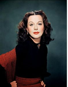 Hedy Lamarr: The Hollywood Beauty With Brilliant Mind Vintage Hollywood, Hollywood Glamour, Hollywood Stars, Classic Hollywood, Hollywood Actor, Hollywood Actresses, Actors & Actresses, Divas, Classic Movie Stars