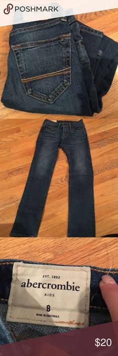 Abercrombie kids👖 Dark blue jeans for little boys straight leg in excellent condition! Fits true to size abercrombie kids Bottoms Jeans