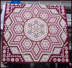 "Hexagon Quilt ""La Passion"""