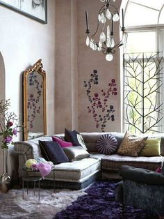 pretty with a comfortable elegance to it!  Beautiful Home Decor Ideas | Just Imagine - Daily Dose of Creativity