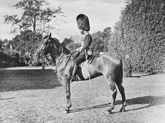George duc de Cornwall et de York, plus tard le roi George V (1865-1936) à Adélaïde (1901, Royal Collection Trust, Royaume-Uni) de John Alédaide Gazard (1872-1933)