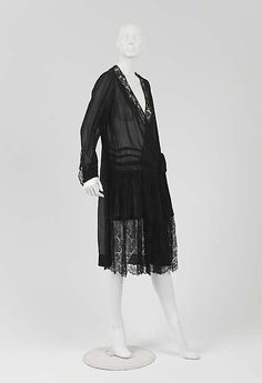 "Dress, Afternoon  Attributed to House of Chanel  (French, founded 1913)  Designer: Attributed to Gabrielle ""Coco"" Chanel (French, Saumur 1883–1971 Paris) Date: ca. 1925 Culture: French Medium: silk"