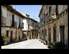 Pedraza  (Segovia)  by CaRmEn C, via Flickr