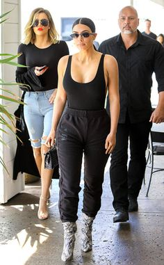 Khloe Kardashian & Kim Kardashian from The Big Picture: Today's Hot Photos The reality stars turn heads in her black LPA bodysuit while stopping for frozen yogurt in Calabasas. Khloe Kardashian Style, Estilo Kardashian, Kardashian Jenner, Cute Comfy Outfits, Chic Outfits, Fashion Outfits, Yeezy Fashion, Kim And Kanye, Kendall Jenner Outfits