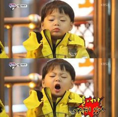 Image about cute in Song Triplets 아기 by pegasus Korean Babies, Asian Babies, Cute Kids, Cute Babies, Baby Kids, Song Il Gook, Minions, Triplet Babies, Superman Kids
