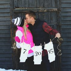This pregnancy announcement photo is adorable! All you need is string, clothes pins, and some onesies to make the perfect announcement. Christmas Baby Announcement, Pregnancy Announcement Photos, New Baby Announcements, Pregnancy Photos, Maternity Pictures, Pregnancy Goals, Baby Boys, Babyshower, Baby On The Way