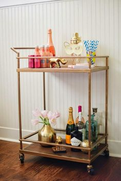 """Visit our web site for additional relevant information on """"bar cart decor inspiration"""". It is an excellent location to learn more. Diy Bar Cart, Gold Bar Cart, Bar Cart Decor, Bar Carts, Bar Trolley, Drinks Trolley, Mini Bar, Outside Bars, Credenzas"""