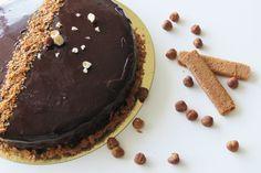 ENTREMET CHOCOLAT Retrouvez la sublime recette de Léa : un ENTREMET CHOCOLAT PRALINÉ NOISETTES Cuisine gateau au chocolat gateau praliné