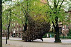 Tremendous Wood Sculptures Alter Their Environments - My Modern Metropolis