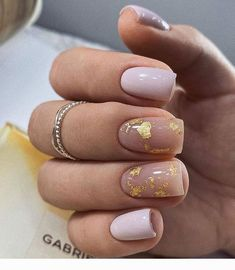 70 Beautiful Natural Short Square Nails Design For Winter Nails & Spring Nails 2020 - Page 3 of 14 - The Secret of Modern Beauty Square Nail Designs, Short Nail Designs, Short Gel Nails, Short Square Acrylic Nails, Short Square Nails, Clean Nails, Pin On, Manicure E Pedicure, Foil Nails