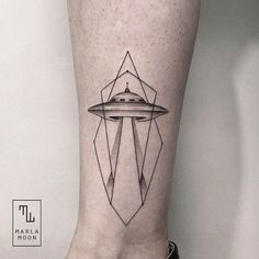 As we spend our days marveling at each new development in the world of color realism or black and grey, it's easy to forget that at times a simple line in the perfect place can create the best tatt...