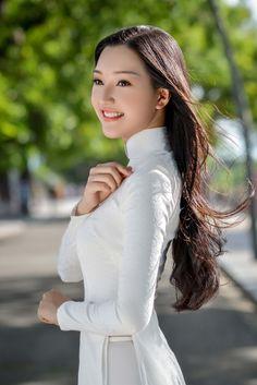 Hoa hậu Việt Nam 2016: Lại ngất ngây với người đẹp Huế - Ngọc Trân trong tà Áo dài trắng - Ảnh 6.